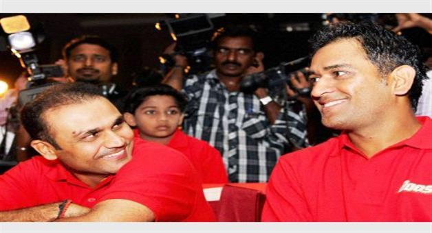 Khabar Odisha:Sehwag-stands-for-Dhoni-gives-answer-to-saurav