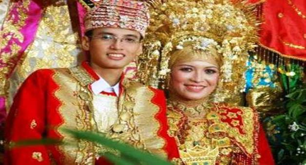 Khabar Odisha:the-bride-and-groom-can-not-go-to-the-toilet-for-three-days