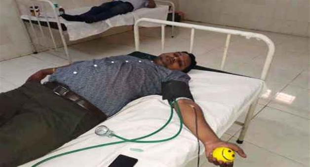 Khabar Odisha:Doctor-Gives-Blood-And-Save-Patient-Life