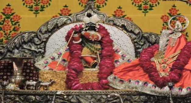 Khabar Odisha:Without-matches-box-lamp-burning-in-temple-sicne-475-years