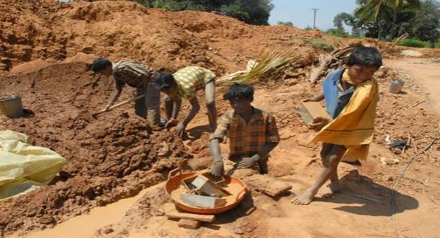 Khabar Odisha:Stop-Child-Labour-only-show-at-Advertisement