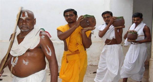 Khabar Odisha:Lord-Jagannath-Treated-With-Phuluri-Tela