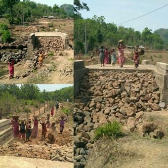 Khabar Odisha:contractor-half-work-finished-by-kandhamala-villages-people