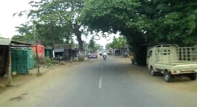 Khabar Odisha:road-strike-by-bjp-at-puri-Konark-road