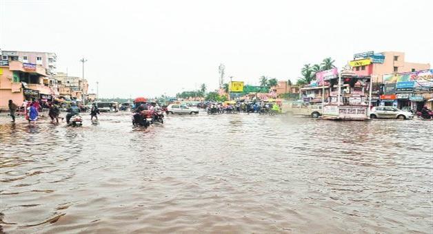 Khabar Odisha:badadanda--turn-in-to-sea