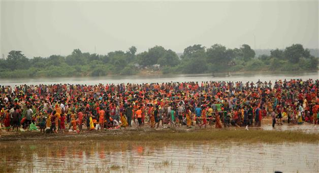 Khabar Odisha:Devotees-Of-Bolbom