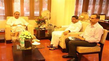 Khabar Odisha:Naveen-Patnaik-Dharmendra-Pradhan-Meeting-Political-Messages