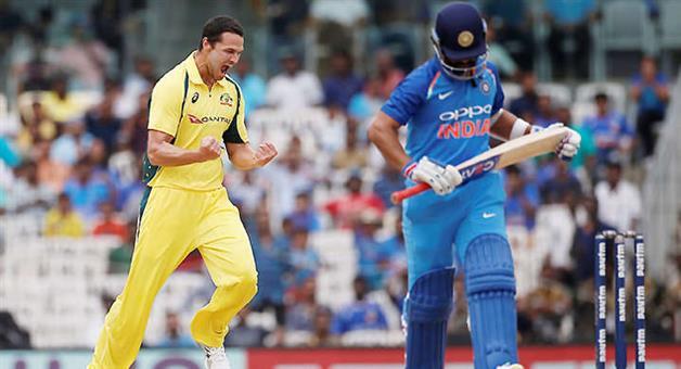 Khabar Odisha:Live-AUS-vs-INDIA-score-card-of-1st-oneday