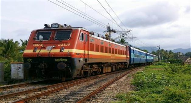 Khabar Odisha:national-this-year-4000-special-trains-will-play-on-dussehra-diwali-and-chhath