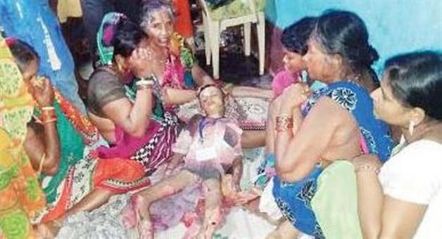 Khabar Odisha:Chief-ministers-hingili-meeting--crowd-take-one-life