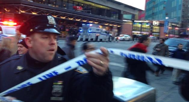Khabar Odisha:explosion-near-times-square-in-manhattan-section-of-new-york-city
