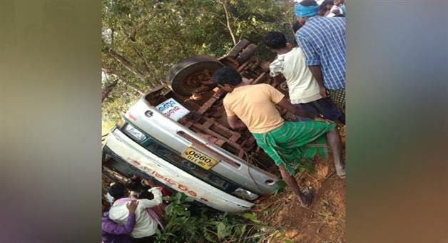Khabar Odisha:Bus-turned-in-Mayurbhanj