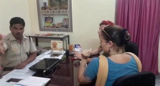 Khabar Odisha:Drone-camera-again-Flying-above-srimandira