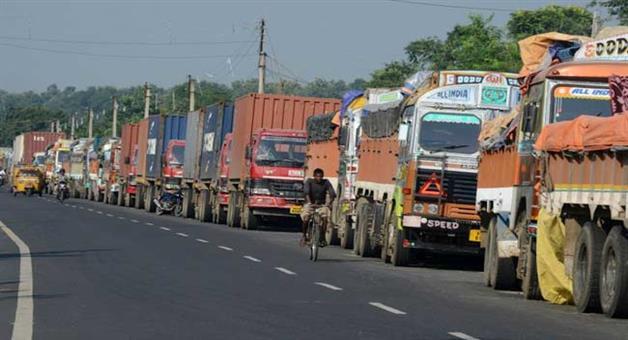 Khabar Odisha:truck-strike-in-odisha-stop-after-talk-with-transport-Minister