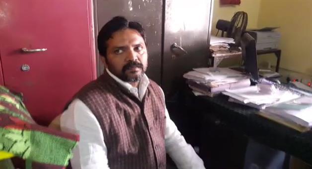 Khabar Odisha:police-detain-berhampur-ex-mayor-siba-shankar-dash