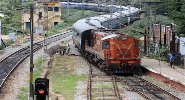 Khabar Odisha:fare-of-those-trains-may-be-down-which-go-its-destinations-on-late-night