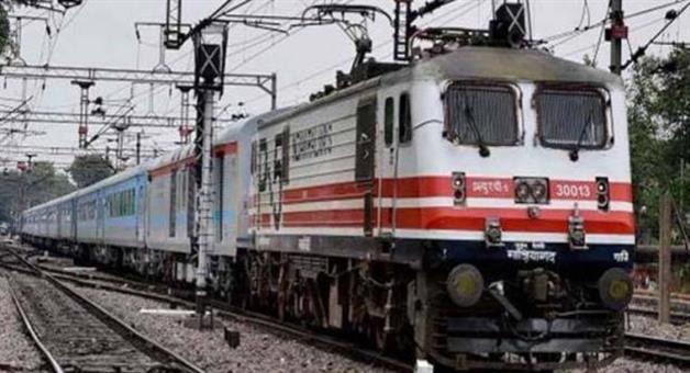 Khabar Odisha:Gondawana-express-train-derail