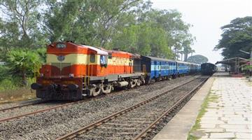 Khabar Odisha:10--Incredible-Facts-About-Indian-Railways