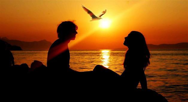 Khabar Odisha:valentine-week-2018-a-love-story-which-had-raised-political-controversy