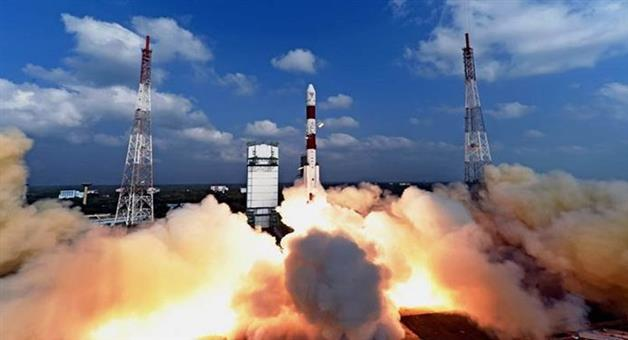 Khabar Odisha:3-Indians-To-Spend-7-days-In-Space-In-Rs-10000-Crore-Gaganyaan-Plan