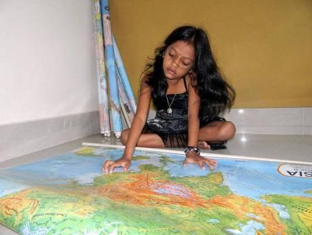 Khabar Odisha:Google-girl-in-Odisha