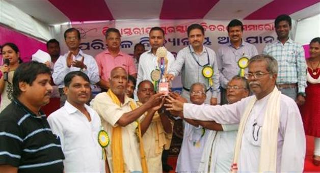 Khabar Odisha:Swach-Bharat-impact-in-Kandigaon-village