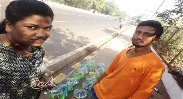 Khabar Odisha:Aquarium-Business-in-smart-city-road-side