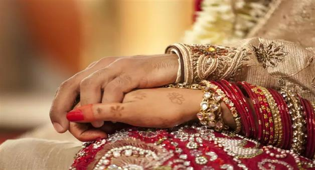 Khabar Odisha:AjabKhabar-Odisha-couple-divorced-after-one-hour-of-marriage-in-gondal-ahmedabad
