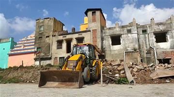 Khabar Odisha:Art-and-culture-Odisha-Puri-Srimandira-Demolition-work-going-on-for-Sanachata-Matha