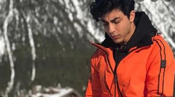 Khabar Odisha:Aryan-Khan-Shah-Rukh-Khans-son-has-been-arrested-in-connection-with-the-drug-case