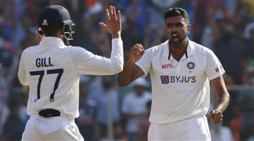 Khabar Odisha:Ashwin-took-400-wickets-in-Test-cricket