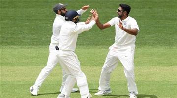 Khabar Odisha:Australia-need-323-run-to-win-the-1st-test-match-against-india