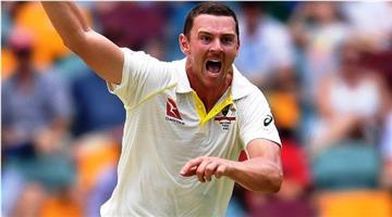 Khabar Odisha:Australian-bowlers-are-trying-to-stop-Virat-Kohli--Josh-Hazelwood