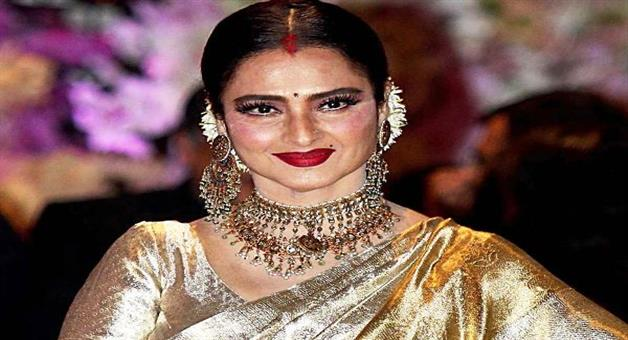 Khabar Odisha:Bollywood-actress-Rekha-will-test-COVID-19