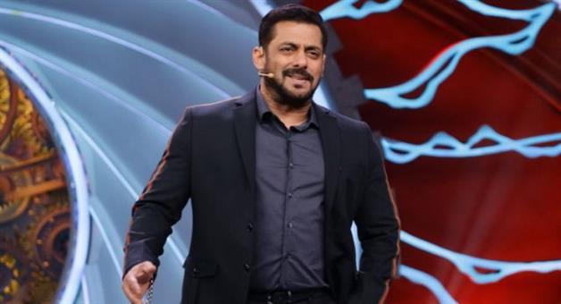 Khabar Odisha:Bollywood-superstar-Salman-Khan-in-Isolation