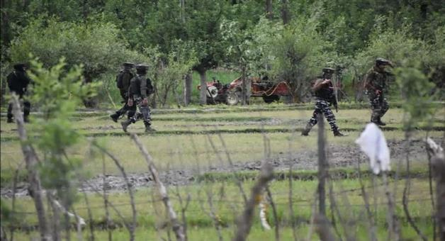 Khabar Odisha:Clashes-between-security-forces-and-militants-in-Jammu-and-Kashmir-two-militants-killed