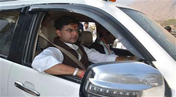 Khabar Odisha:Congress-Leader-Sachin-Pilot-Have-Tata-Safari