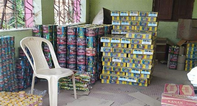 Khabar Odisha:Counterfeit-gutkha-and-jarda-worth-millions-of-rupees-were-seized-from-two-places-in-Balasore