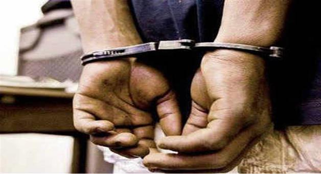 Khabar Odisha:Crime-Men-looted-cars-and-bikes-to-fulfill-demands-of-their-girlfriend-police-arrested