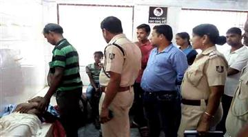 Khabar Odisha:Crime-Odisha-Old-man-died-while-standing-in-a-queue