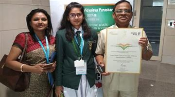Khabar Odisha:Delhi-public-school-paradeep-refinary-bags-Swachh-Vidyalaya-Puraskar