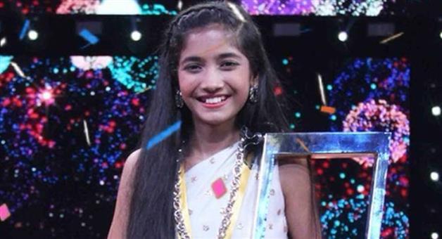 Khabar Odisha:Entertainment--odisha-14-year-old-sugandha-date-wins-sa-re-ga-ma-pa-lil-champs