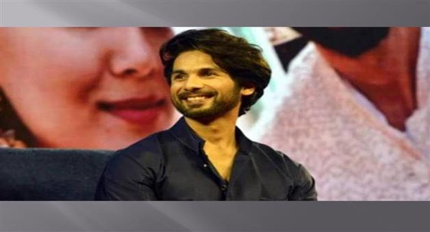 Khabar Odisha:Entertainment-Bollywood-actor-Shahid-Kapoor-Kabir-Singh-movie-walks-out-after-not-getting
