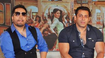 Khabar Odisha:Entertainment-bollywood-fwice-member-says-salman-khan-will-be-banned-if-he-works-with-mika-singh
