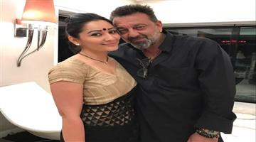 Khabar Odisha:Entertainment-bollywood-odisha-Sanjay-dutt-share-emotional-post-on-his-11th-wedding-anniversary-with-manyata-dutt