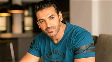 Khabar Odisha:Entertainment-bollywood-odisha-john-abraham-injured-during-shoot-of-movie-pagalpanti