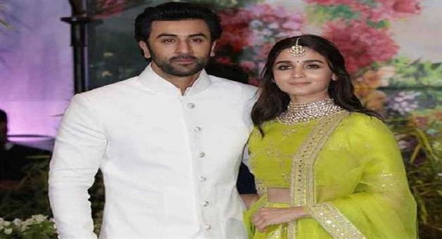 Khabar Odisha:Entertainment-bollywood-odisha-alia-bhatt-ordered-sabyasachi-designed-bridal-lahanga-for-marriage-know-marriage-date-of-alia-and-ranbir-kapoor