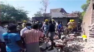 Khabar Odisha:Explosion-at-illegal-firecracker-factory-in-Tamil-Nadu-death-of-a-five-year-old-boy-including-two-women