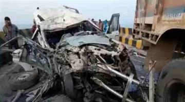 Khabar Odisha:Four-people-were-killed-and-three-others-were-injured-in-a-truck-SUV-head-on-collision-the-prime-minister-said
