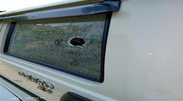Khabar Odisha:Gunshots-fired-on-Phulbani-ex-MLA-Debendra-Kanhars-car